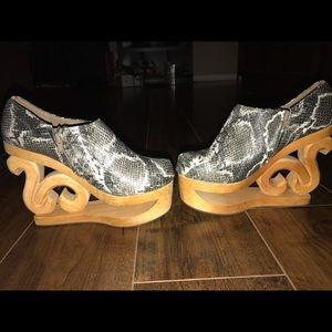 Jeffrey Campbell novelty heels